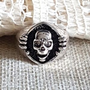Skull ring, 925 silver, size 7